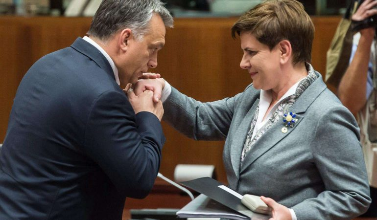 Miért támogatják a nők Lengyelországban és Magyarországon a jobboldalt?