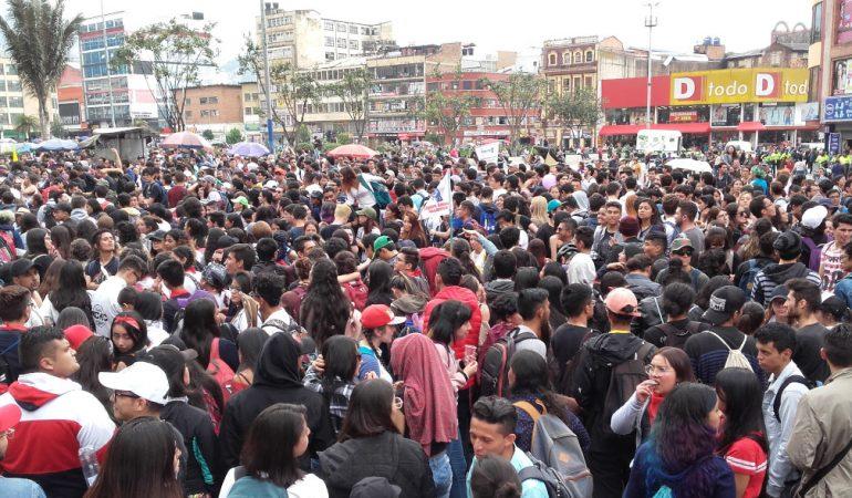 Forrongó Latin-Amerika: a neoliberalizmus agóniája és egy új fejlődési modell keresése