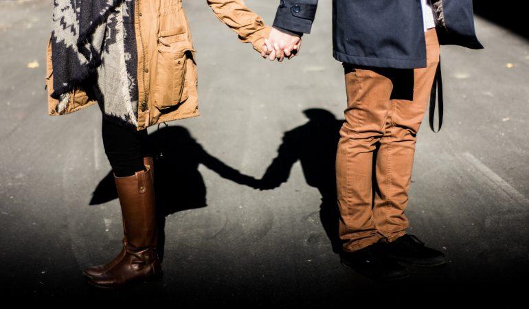 Párkapcsolati nehézségek – történeti és társadalomkritikai nézőpontból